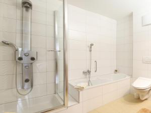 Ein Badezimmer in der Unterkunft Haus König