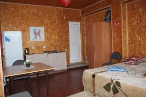 Кухня или мини-кухня в База Дракон село Ниновка Икрянинский район Астраханская область 416353