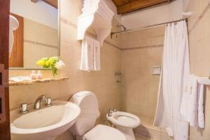 A bathroom at Hotel del Antiguo Convento