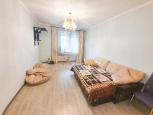 Гостиная зона в Lux Apartaments Ильинский бульвар 7