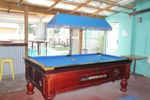 """A billiards table at Tocumwal Hotel Motel (""""The Palms"""")"""