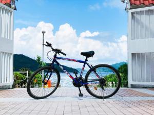Radfahren an der Unterkunft Silvermine Beach Resort oder in der Nähe