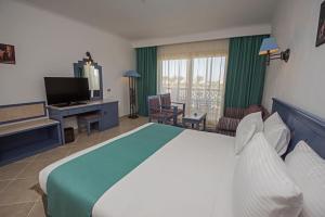 تلفاز و/أو أجهزة ترفيهية في Sunrise Royal Makadi Resort