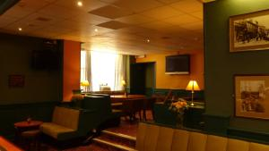 A restaurant or other place to eat at The Waverley Hotel Whitehaven