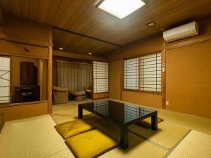 A seating area at Hakone Onsen Sanso Nakamura
