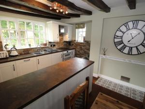 A kitchen or kitchenette at Stallington Hall Farm