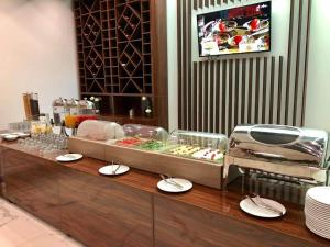 A restaurant or other place to eat at Luani-A spa & wellness center