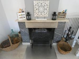 Una cocina o zona de cocina en CASA MARIA DOLORS