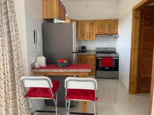 Una cocina o zona de cocina en KSL Residence