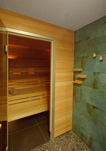 Spa and/or other wellness facilities at Novotel München City