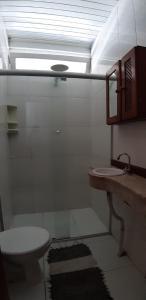 Um banheiro em Hostel Sereia do Mar