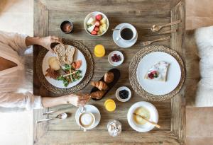 Opciones de desayuno disponibles en Hotel Creu de Tau Art&Spa-Adults only