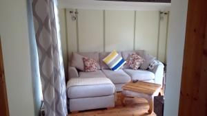 A seating area at Mallard Cottage Guest House