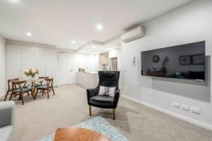 A seating area at SPACIOUS BRAND NEW // 1BR // IN GORGEOUS BARTON