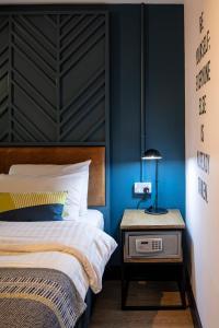 Ein Bett oder Betten in einem Zimmer der Unterkunft Jacobs Inn Hostel