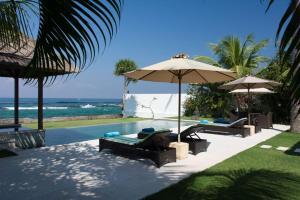 The swimming pool at or near Villa Gita
