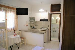 Η κουζίνα ή μικρή κουζίνα στο Grammatoula