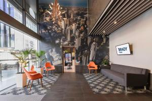 The lobby or reception area at Brady Hotels Central Melbourne