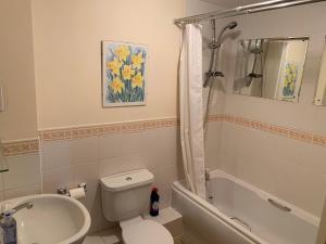 A bathroom at The Hawkes