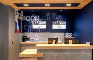 El vestíbulo o zona de recepción de Ibis Budget Bilbao City