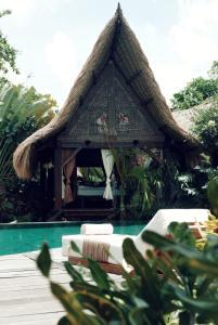 Бассейн в Own Villa Bali или поблизости