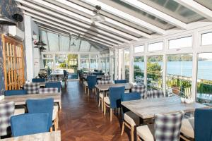 A restaurant or other place to eat at Eryl Mor Hotel