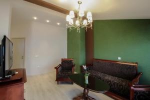 A seating area at Hotel Aleksandrija