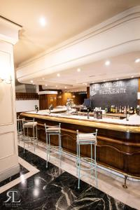 A restaurant or other place to eat at Hotel RL Anibal