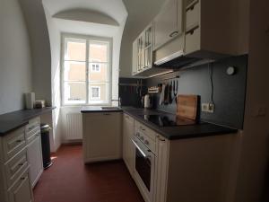 Küche/Küchenzeile in der Unterkunft Stadthotel - Das alte Gefängnis