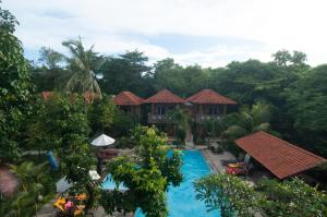 A view of the pool at Melasti Kuta Bungalows & Spa or nearby