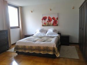 Łóżko lub łóżka w pokoju w obiekcie Apartament Nowiniarska