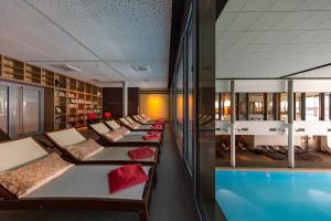 Piscine de l'établissement Resort Mark Brandenburg & Fontane Therme ou située à proximité