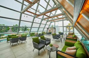 The lounge or bar area at Swiss-Garden Hotel & Residences, Genting Highlands