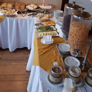 Opciones de desayuno disponibles en Hotel de Castro