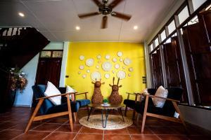 Coin salon dans l'établissement Baan Suan Krung Kao