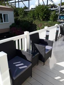 A balcony or terrace at Visit Rockley