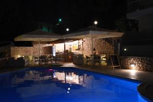 Piscine de l'établissement Viaros Hotel Apartments ou située à proximité