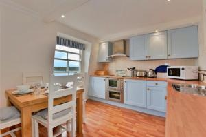 A kitchen or kitchenette at Pennant