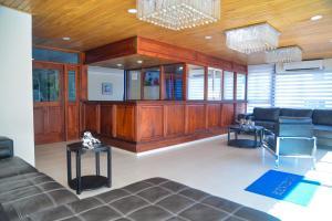 The lobby or reception area at Hotel Jaraba
