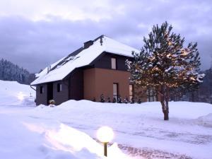 Obiekt Puenta Aparthotel zimą