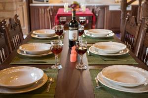 A restaurant or other place to eat at Xatheri Villas