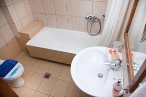 A bathroom at Akroyali Hotel & Villas