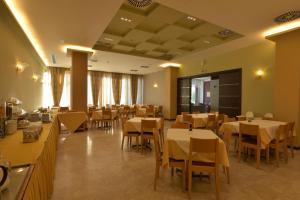 Εστιατόριο ή άλλο μέρος για φαγητό στο Park Hotel