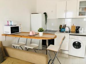 Una cocina o zona de cocina en Clemens9 Premium
