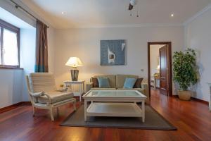 A seating area at Laguna Nivaria Hotel & Spa