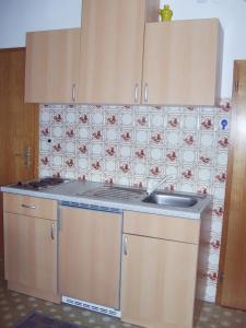 Küche/Küchenzeile in der Unterkunft Ferienwohnung Peter Engelhardt