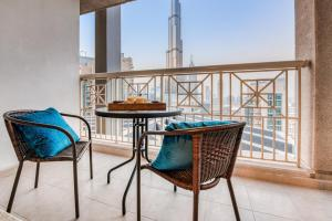 A balcony or terrace at Bella Vista - 29 Boulevard Downtown Burj Khalifa