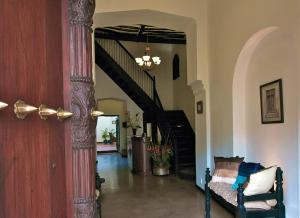 The lobby or reception area at Kisiwa House