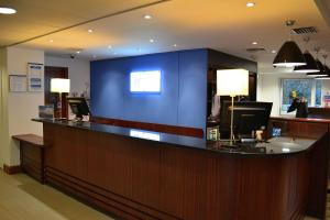 The lobby or reception area at Holiday Inn Express Birmingham Star City