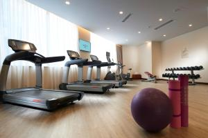 The fitness center and/or fitness facilities at Dorsett Chengdu